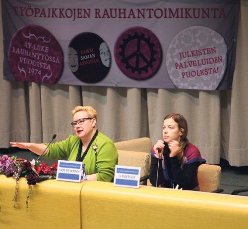 11.–12.1. Ay-väen rauhanpäivät. Työpaikkojen rauhantoimikunnan järjestämässä tapahtumassa EU:n tulevaisuudesta keskustelemassa Sirpa Pietikäinen (vas.) ja Li Andersson (oik.).