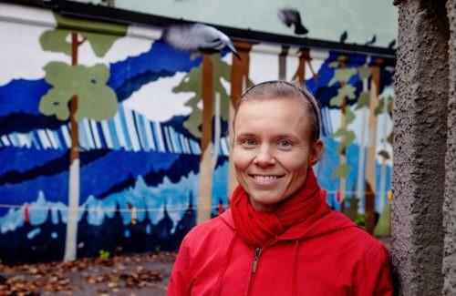 Rauhantekijä Anni Kytömäki: Anni metsähän menevi