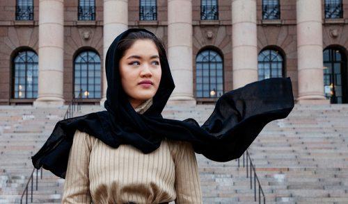 Rauhantekijä Fereshteh Akbari: Etenen unelma kerrallaan