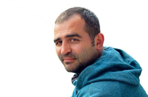 Karim Maïche: rauhanaktivisti ja väitöskirjantekijä