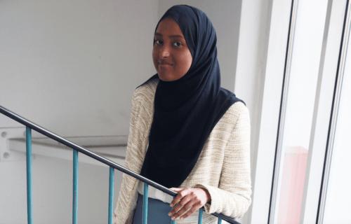 Rauhantekijä Salaado Qasim: Positiivista rauhaa rakentamassa