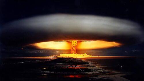 Nuclear Café – Kaikki mitä olet aina halunnut tietää ydinaseista, Zoom